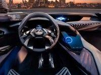 �������� ������ �������-���������� Lexus ������� ��������������� ��������