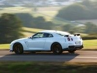 Nissan GT-R ������� �������� ������