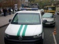 В Одессе стреляли в Citroen, врезавшийся в инкассаторскую машину