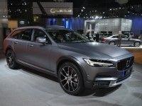 Volvo представил в Лос-Анджелесе вседорожный универсал V90 Cross Country
