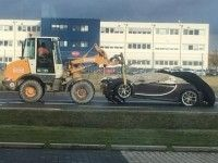 Гиперкар Bugatti Chiron впервые попал в ДТП