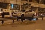 Испытания монорельса: в Киеве автомобиль попал в необычное ДТП