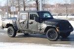 Новый пикап Jeep Scrambler выехал на тесты