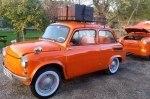 Горбатый Запорожец превратили в стильный компакт-кар с барбекю