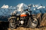 Мотоцикл Брэда Питта продают с аукциона