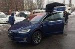 Закон работает как надо: в Украину привезли первую Tesla Model X c «нулевым» НДС