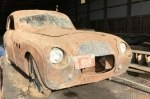 В сарае обнаружили заброшенный эксклюзив BMW довоенного времени