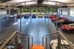 В Калифорнии продадут «умный» гараж с коллекцией суперкаров