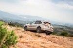 Porsche показал испытания гибридных «Кайенов»