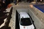 У мексиканца отобрали выигранный автомобиль и замуровали под землю
