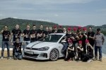 Молодежь с заводов VW сделала 414-сильный Golf GTI и газовый кросс-универсал
