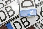 Кабмин хотят обязать в месячный срок решить проблему авто на еврономерах