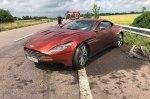 В Украине нашли брошенным разбитый Aston Martin за 8,5 миллионов гривен