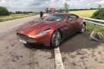 Установлен настоящий владелец брошенного на трассе Aston Martin