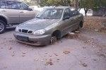 В Киеве обнаружили 631 брошенный автомобиль
