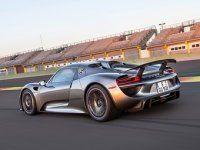 �������� Porsche ���������� ��� ������������ 918 Spyder