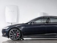 Tesla представила домашнюю батарею Powerwall