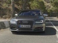 Тест-драйв Audi S8