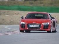 Тест-драйв Audi R8 Coupe