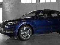 Проморолик Audi Q5