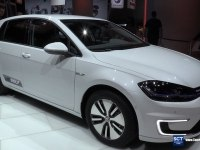 Volkswagen e-Golf на выставке