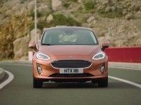 Ford Fiesta в статике и движении