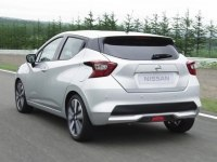 Nissan Micra внутри и снаружи