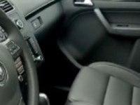Видеообзор Volkswagen Touran (англ.)