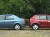 Сравнительный тест-драйв Renault  Sandero и Logan