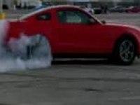 Тест-драйв Форд Мустанг (англ)