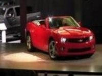 Премьера Chevrolet Camaro Convertible на автошоу в Лос-Анджелесе.