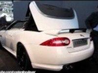 Показ Jaguar XKR-S Cabrio на выставке в Болонье