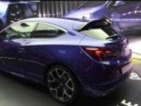 Opel Astra OPC на выставке